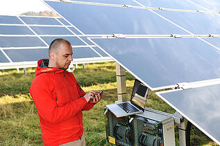 solar-technician